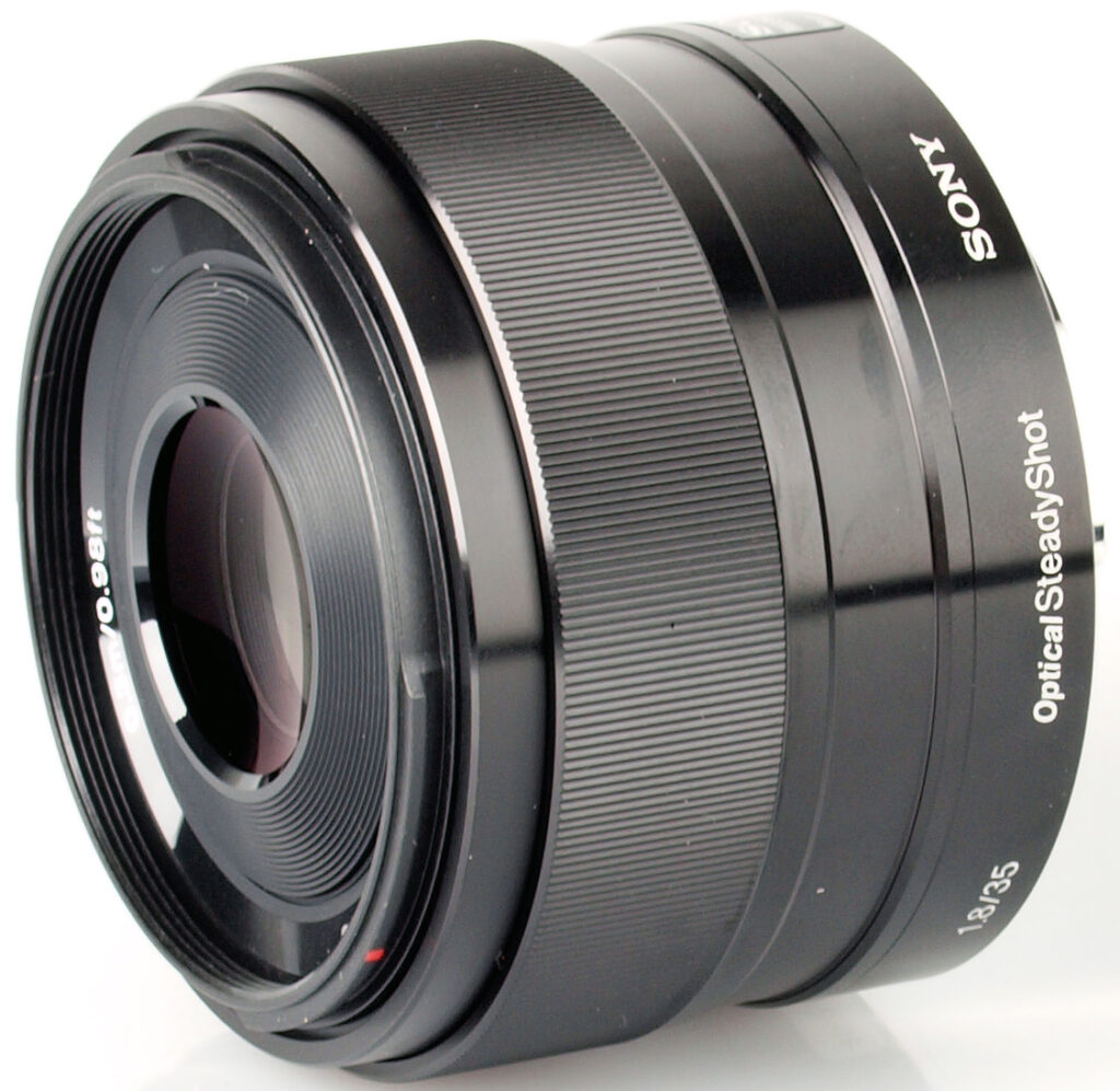 Sony E 35 mm f / 1.8 OSS